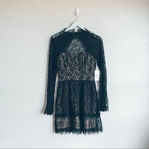 NWT Saylor Lace Dress